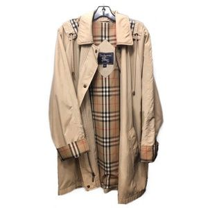 Women's Burberry Trench Coat / Raincoat